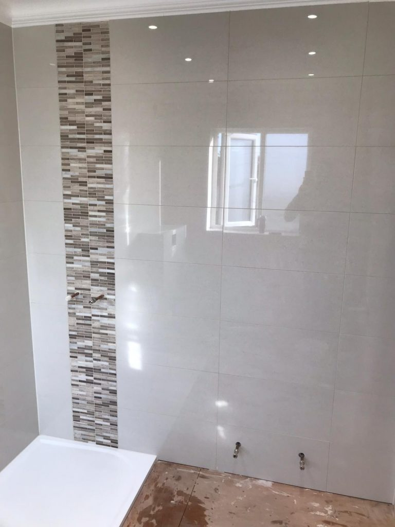 2019-24 Bathroom wall tiling