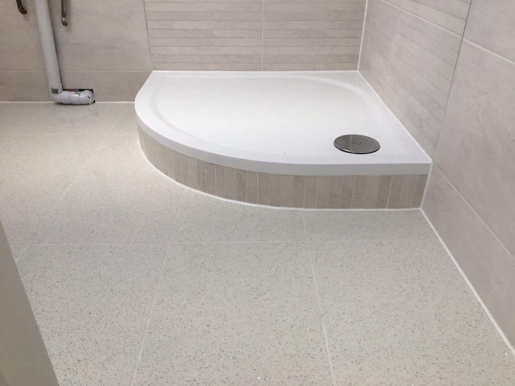 2019-4 Tiling - Bathroom, shower. Plymouth, Devon.